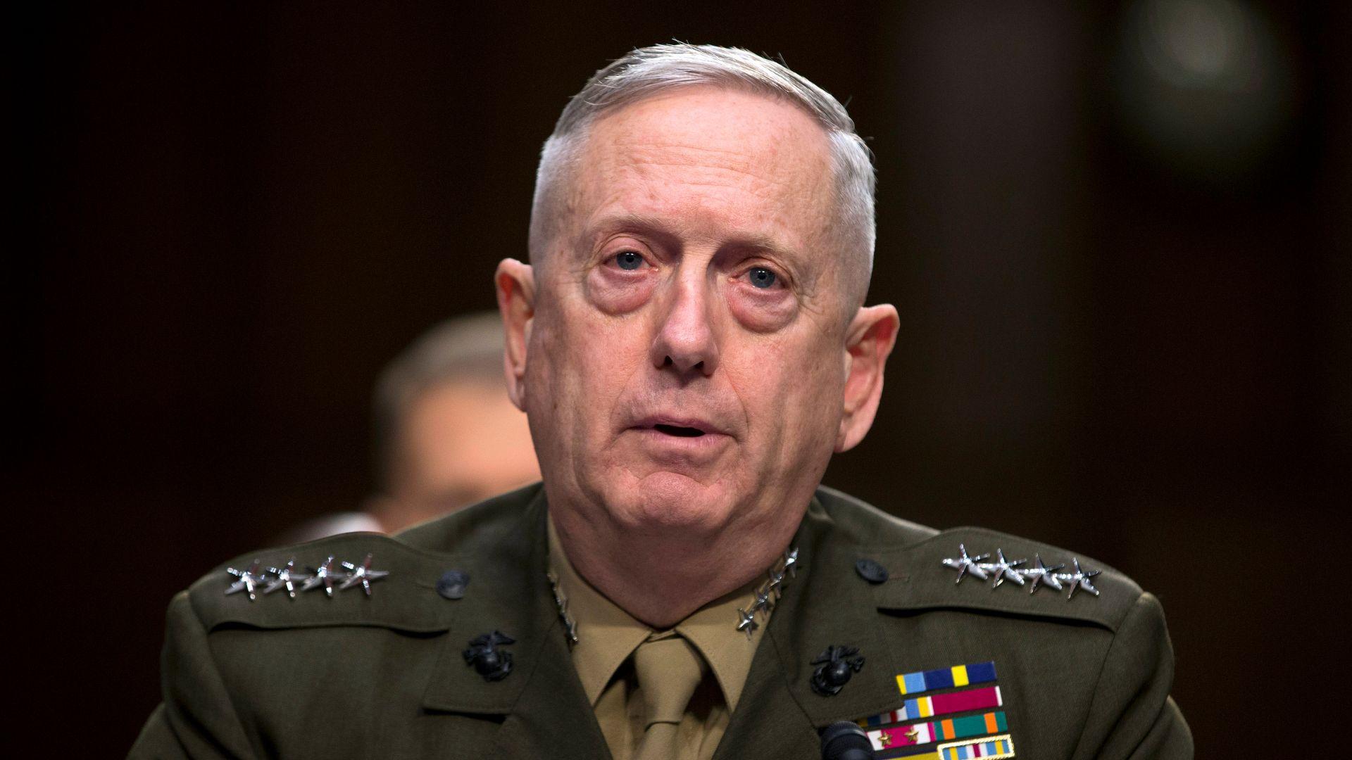 Военният министър на САЩ: Санкции срещу страните, които купуват оръжия от Русия