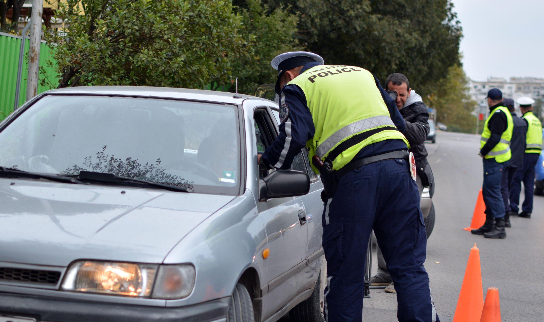 Хванаха млада шофьорка на коктейл от наркотици