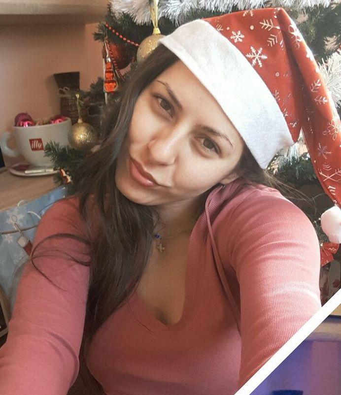 Красивата Милена убита след прочетени sms-и