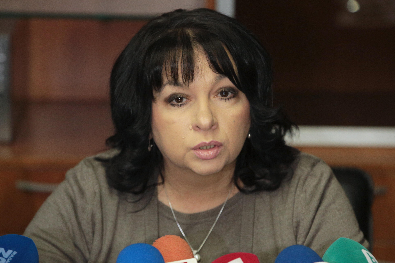Петкова: ЧЕЗ трябва да каже думата си за държавно участие