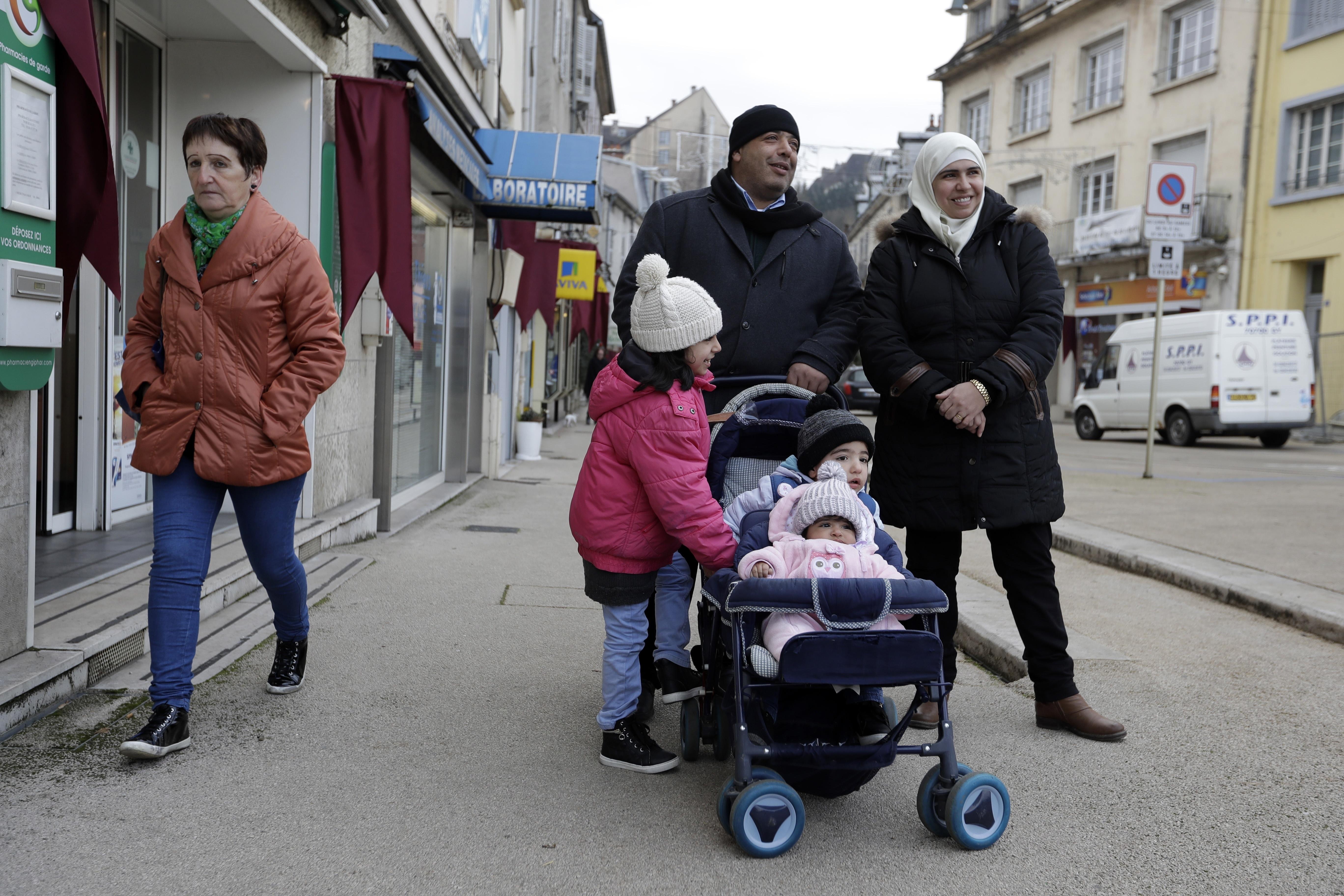 Германия е приела три пъти по-малко кандидати за убежище