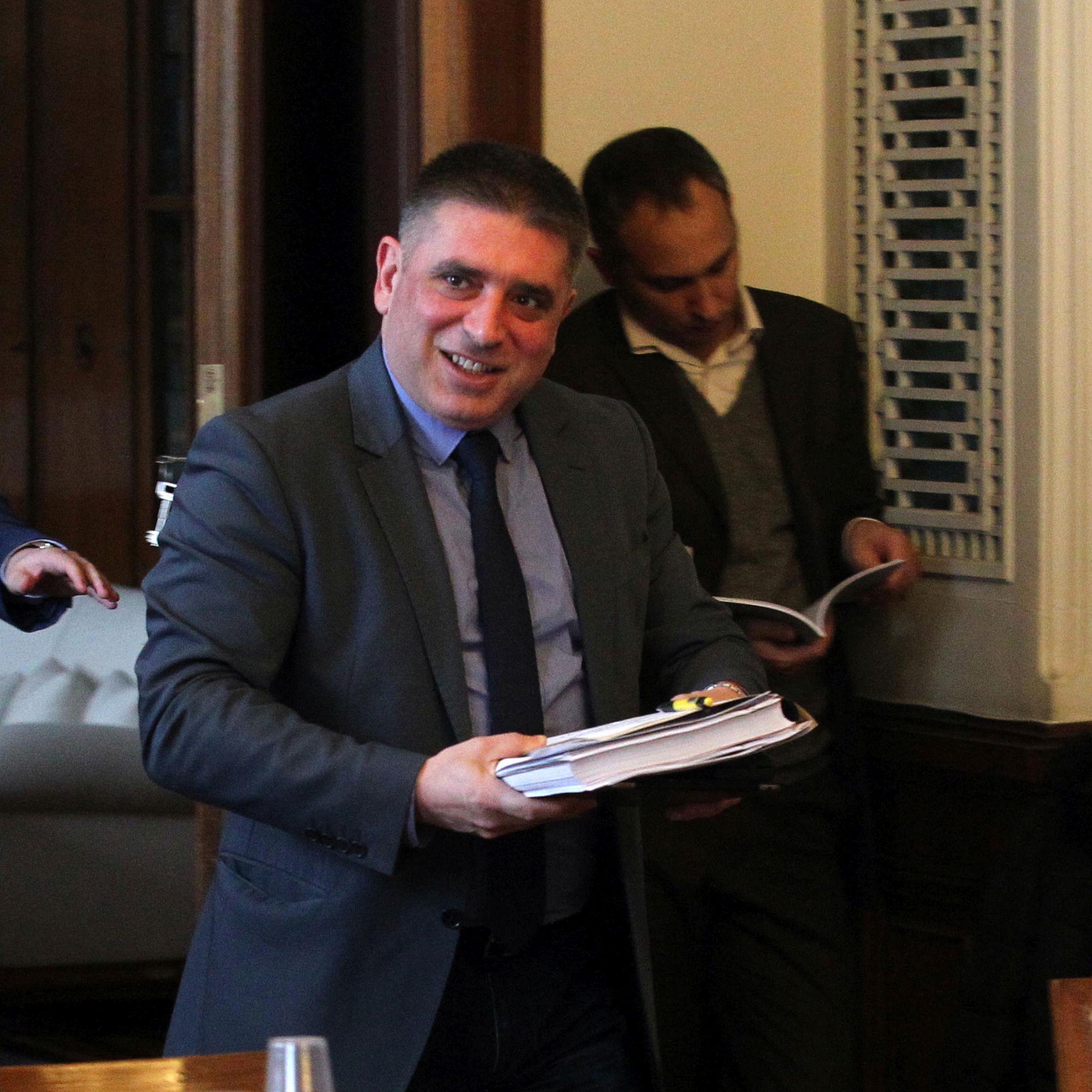 ГЕРБ: Няма основание за оставки на Симеонов и Радев