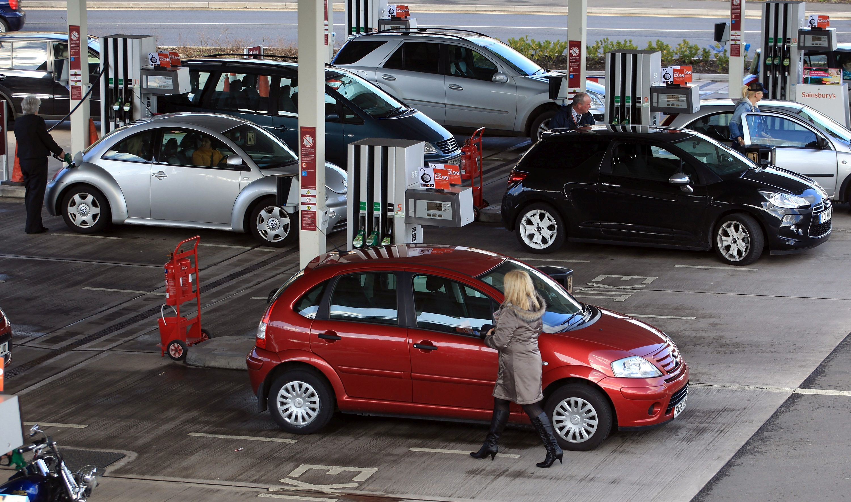 Париж забрани старите коли, Осло - дизеловите