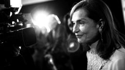 """Френските критици обявиха """"Тя"""" на Пол Верховен за филм на годината"""