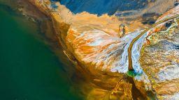 Дяволски графити и божествени светлини - полетете над България с Александър Иванов