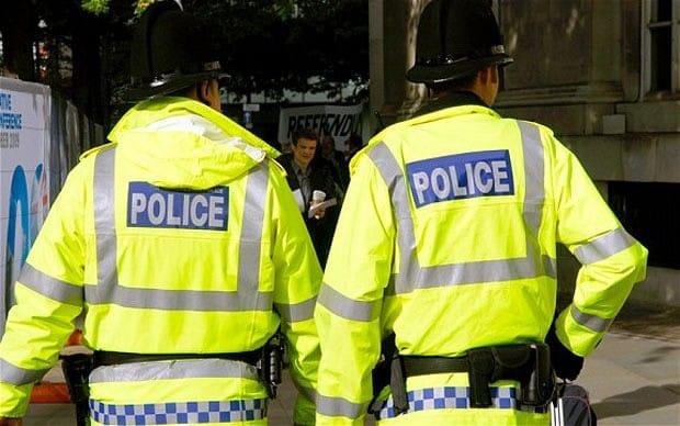 Десет ранени при стрелба в Манчестър