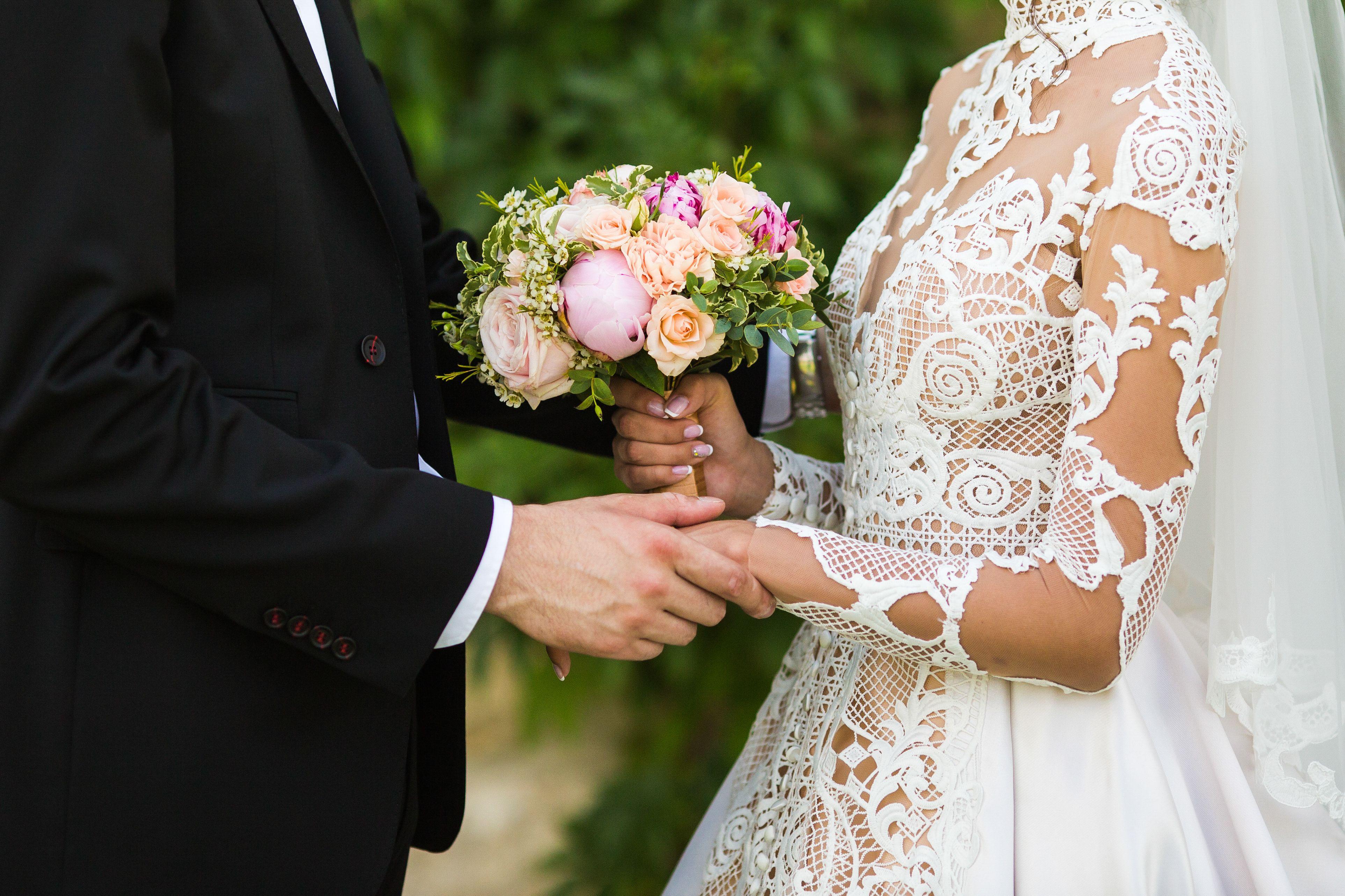 """Младоженци избират """"Двореца"""" на дата с осмици"""