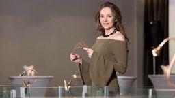Княгиня Мириам представя авторските си бижута в България