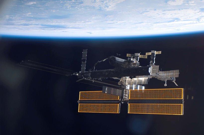 Русия праща писма до МКС