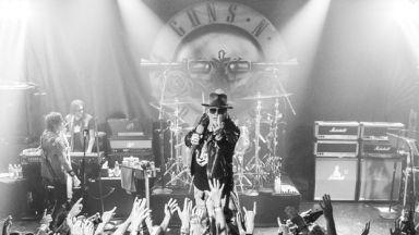 Защо освиркаха Guns N' Roses в Австралия (видео)