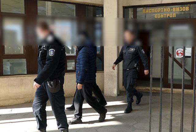 България предаде на Гърция 7 телефонни измамници