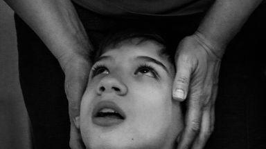 """""""Тяхната борба"""" – животът на децата с увреждания през обектива на Красимира Василева"""