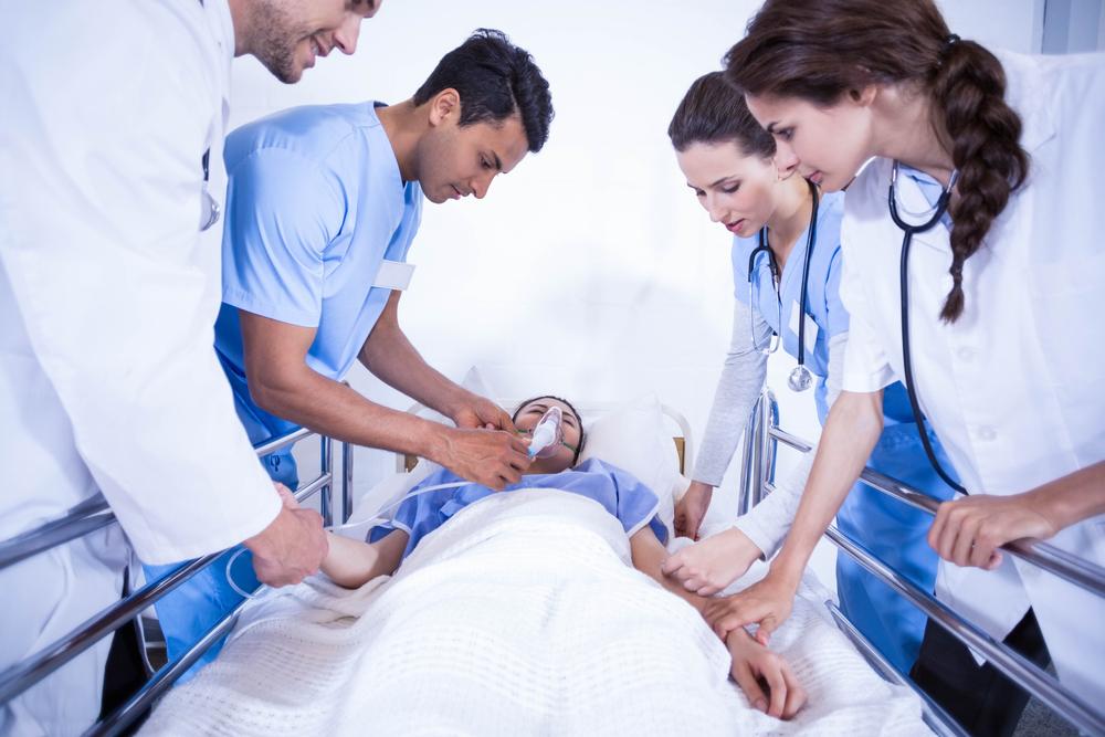 Общински болници спират работа за час в знак на протест