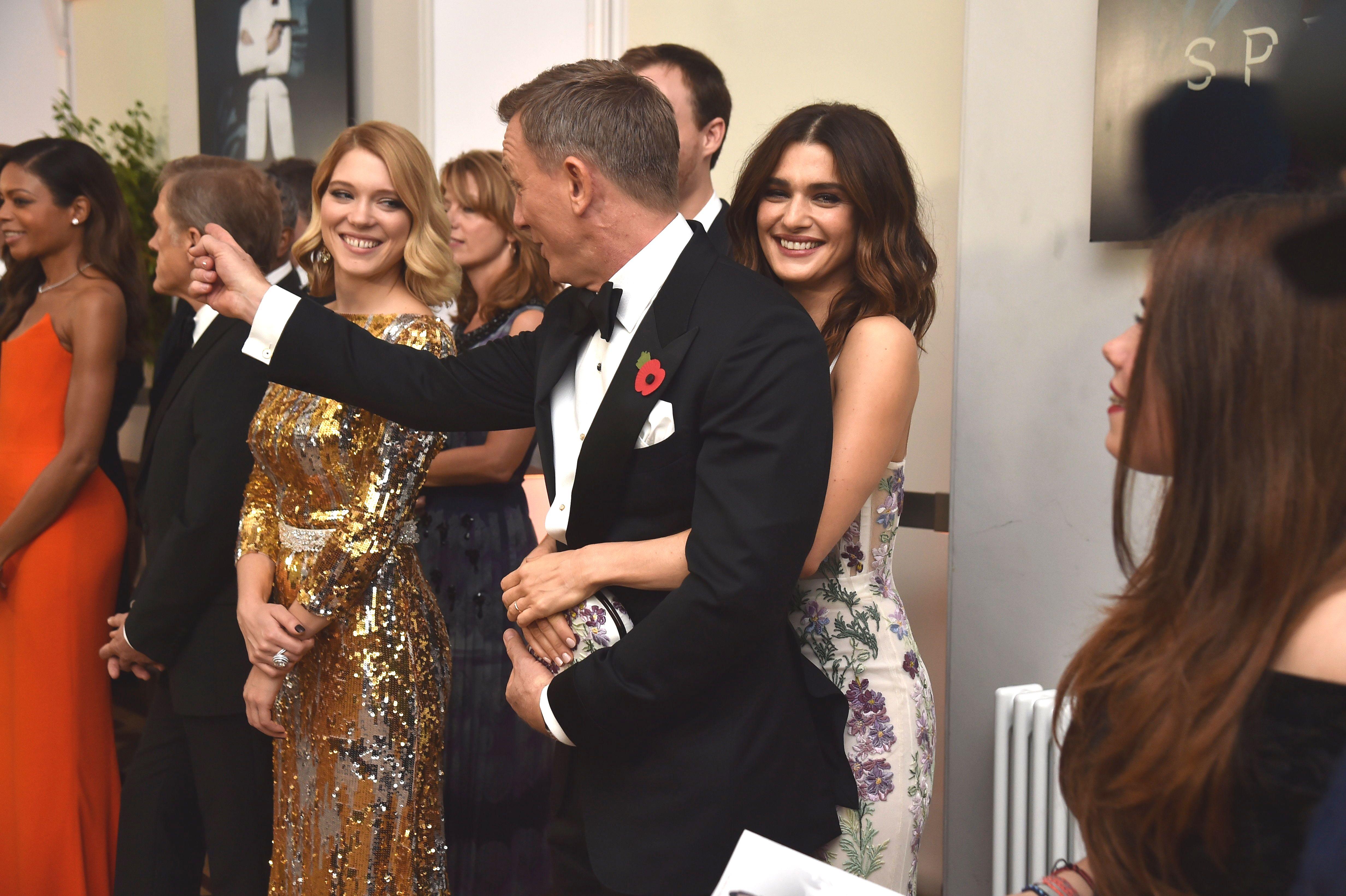 Рейчъл Уайз: Да говоря за брака с 007 е предателство