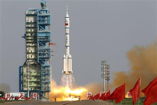 Китай разработва авангарден кораб за Луната