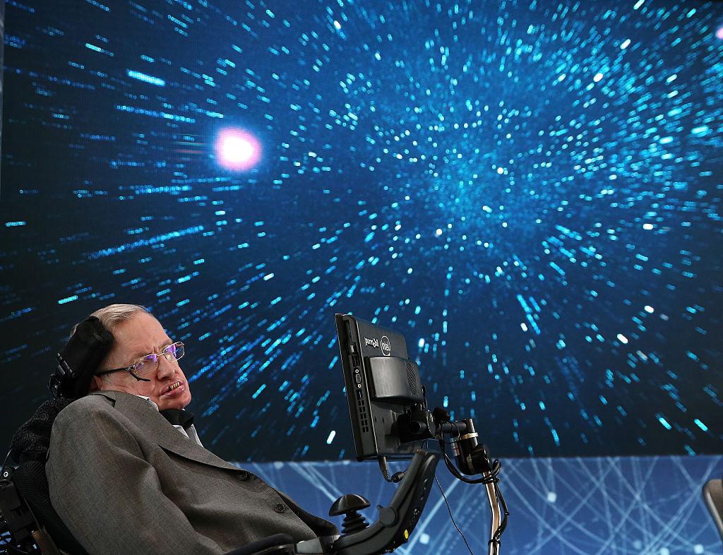 Стивън Хокинг ще се отправи в космоса