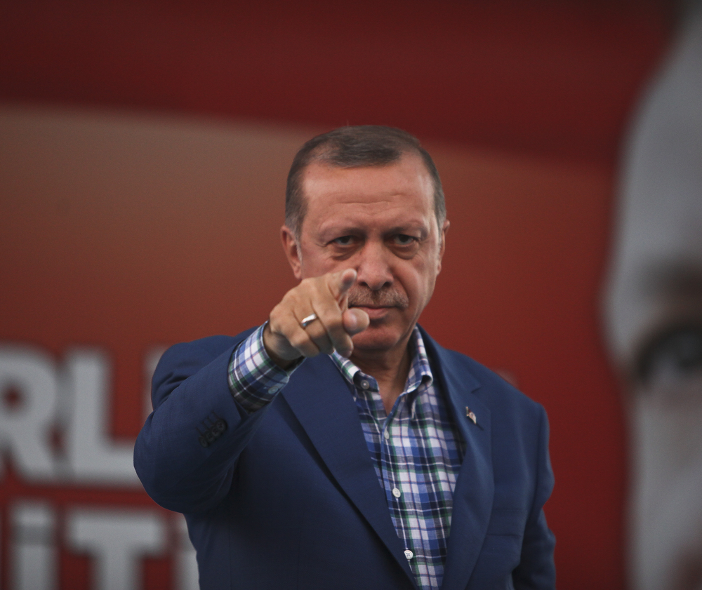 "Ердоган отново обвини Меркел за ""нацистки практики"""
