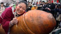 Започнаха фестивалите на фалоса в Япония