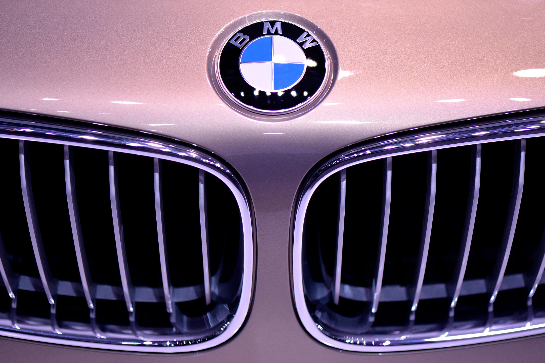 BMW откри нередности при софтуер за отработените газове