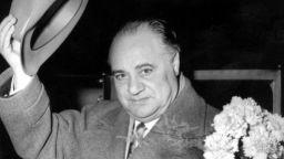 Великият тенор Бениамино Джили бил съден от народния трибунал като фашист