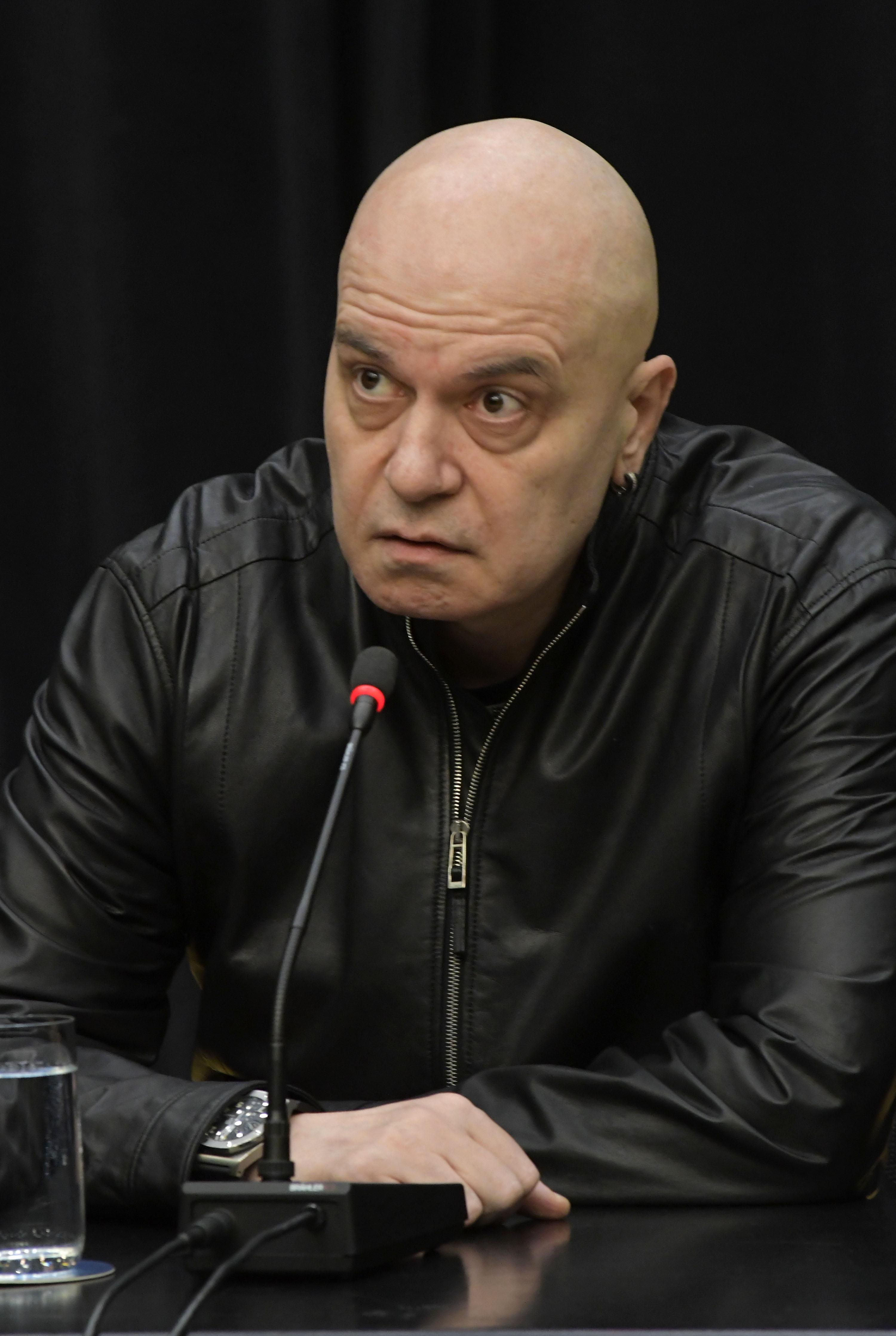Слави Трифонов: Политиката не е мръсна работа