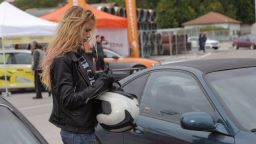 Снежана Макавеева: Луда съм по колите, скоростите, бензина...