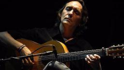 Виртуозът на фламенкото Висенте Амиго стана на 50