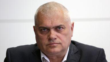 Валентин Радев: Подходено е некомпетентно при катастрофата с бащата на президента