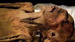 """Най-зловещите """"трофеи"""" на археологията"""