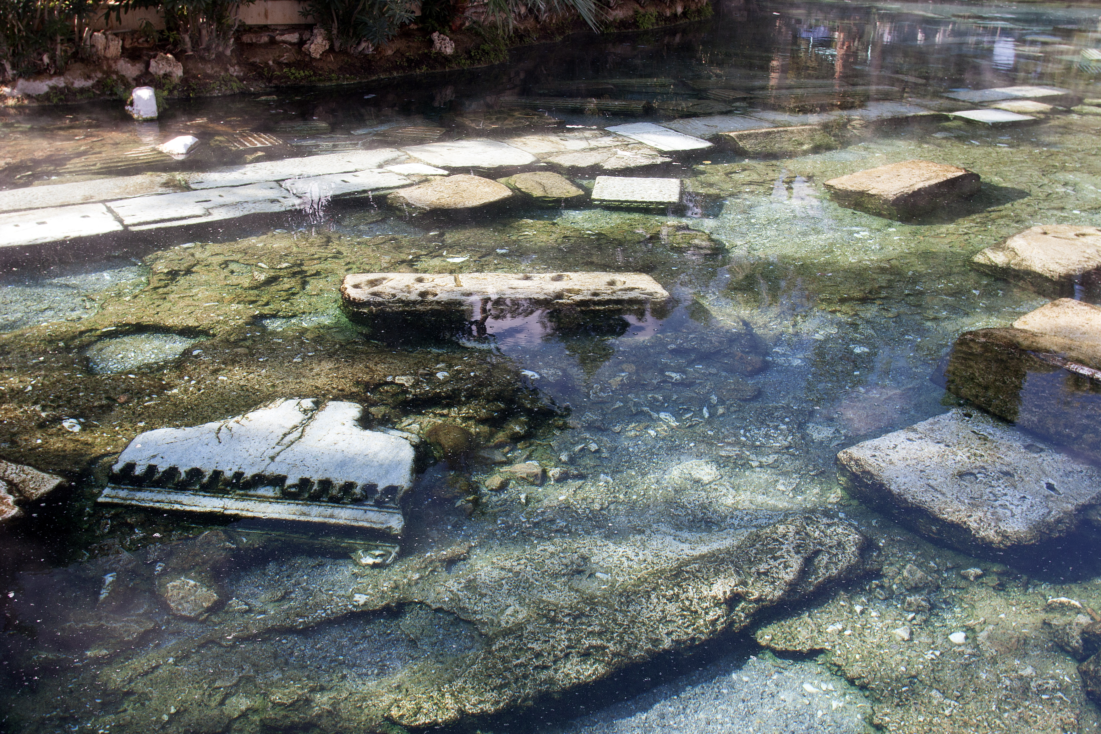 Археолози разкриват римски останки до Новград