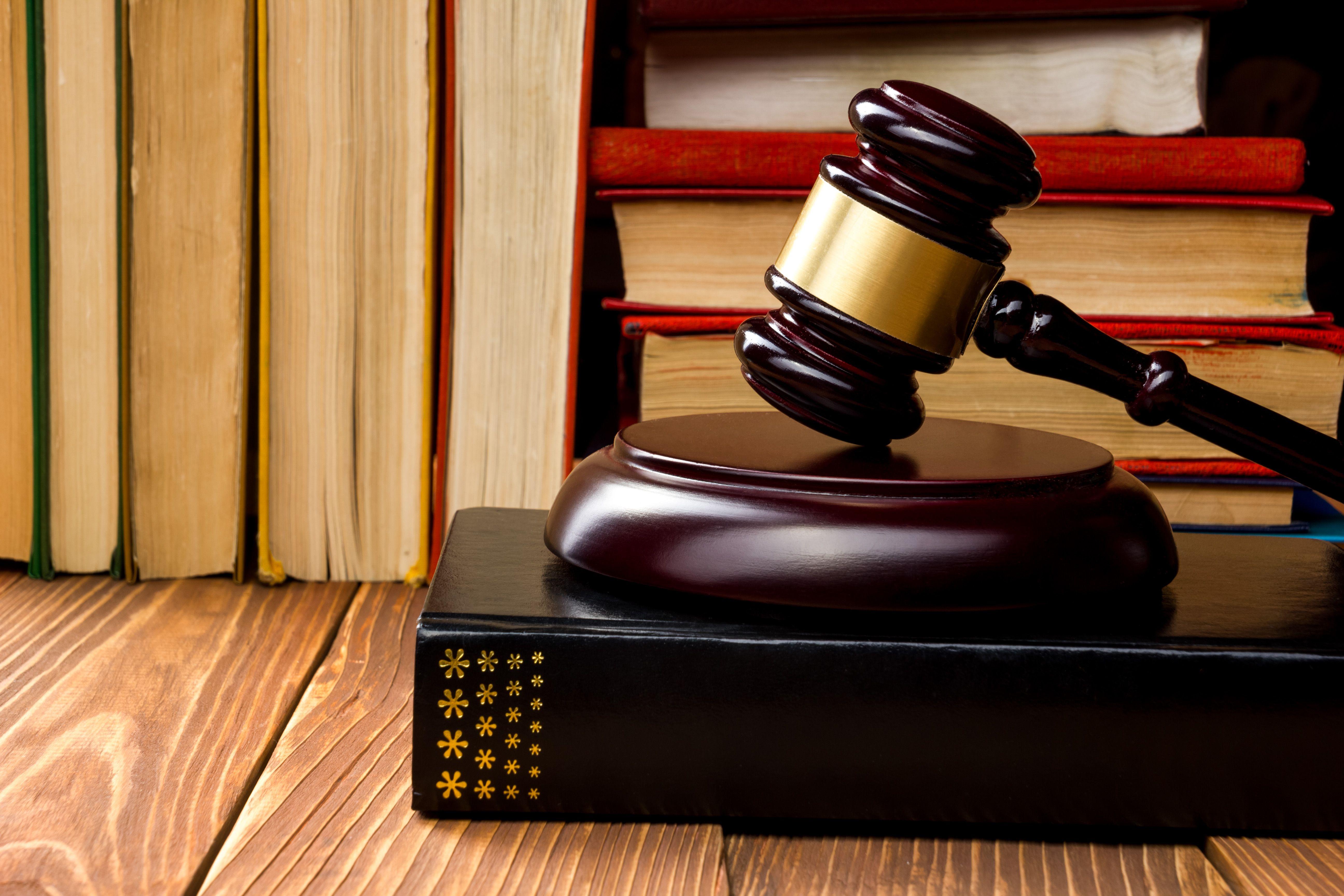 Съдят млад мъж за смърт след ударен шамар