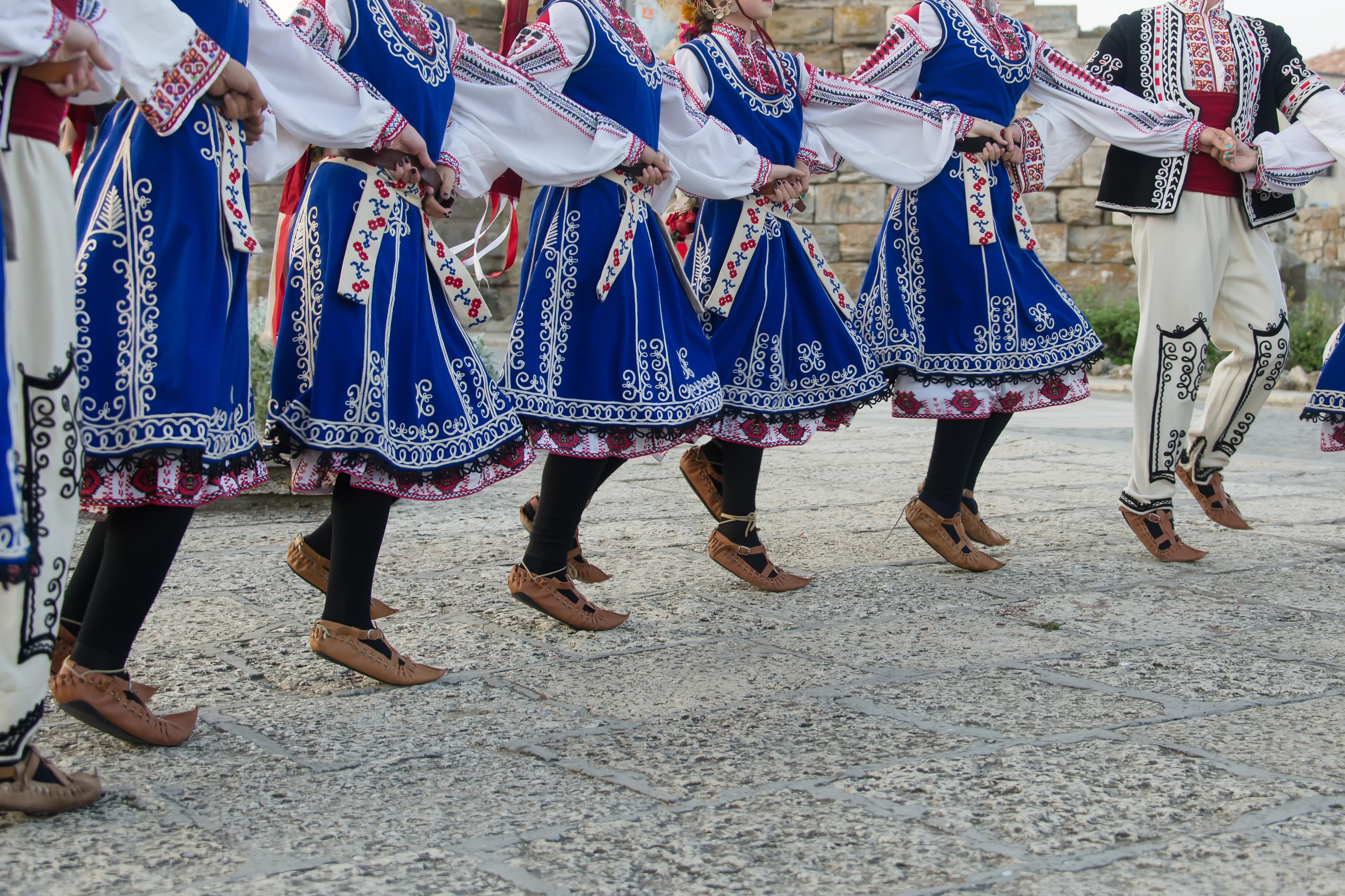 Русенци извиха пъстро Великденско хоро