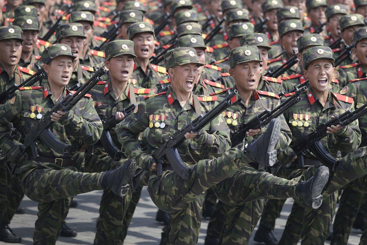 Пхенян показа във видео как ракети изпепеляват САЩ