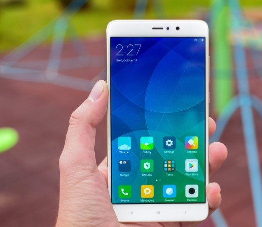 Microsoft ще продава смартфоните на Xiaomi?