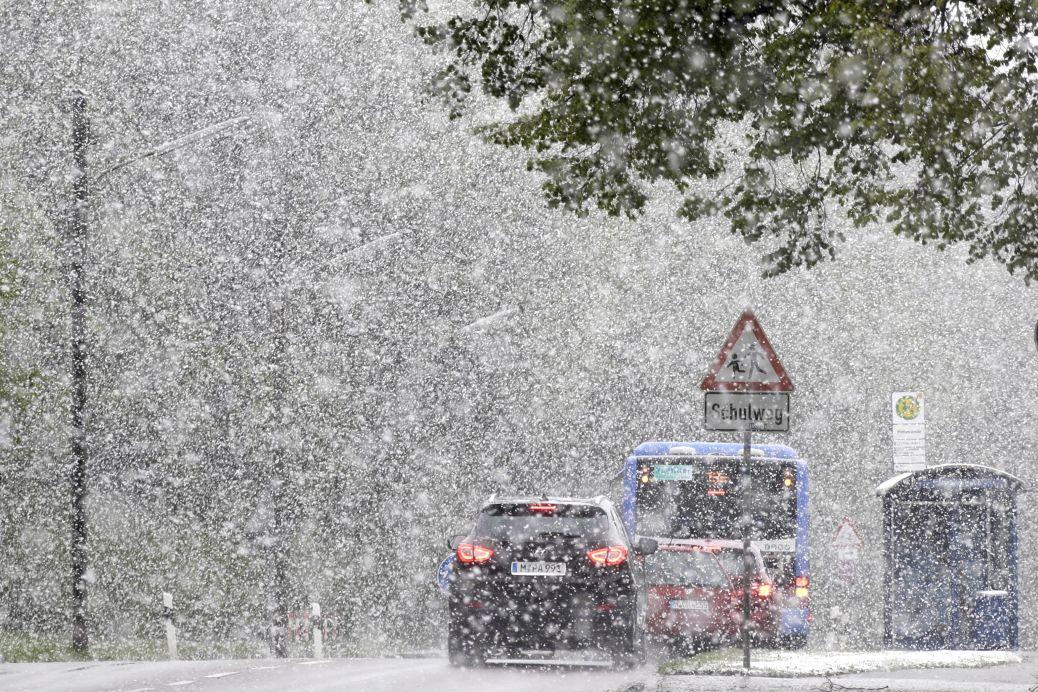 Румънка роди в кола на пожарната заради снежна буря