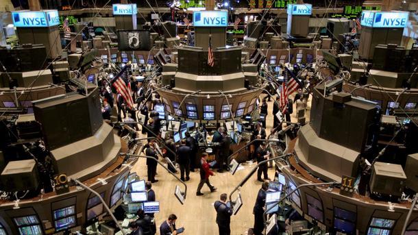 Борсата в Ню Йорк отвори с леки повишения, след като цял ден европейските борси бележеха спадове