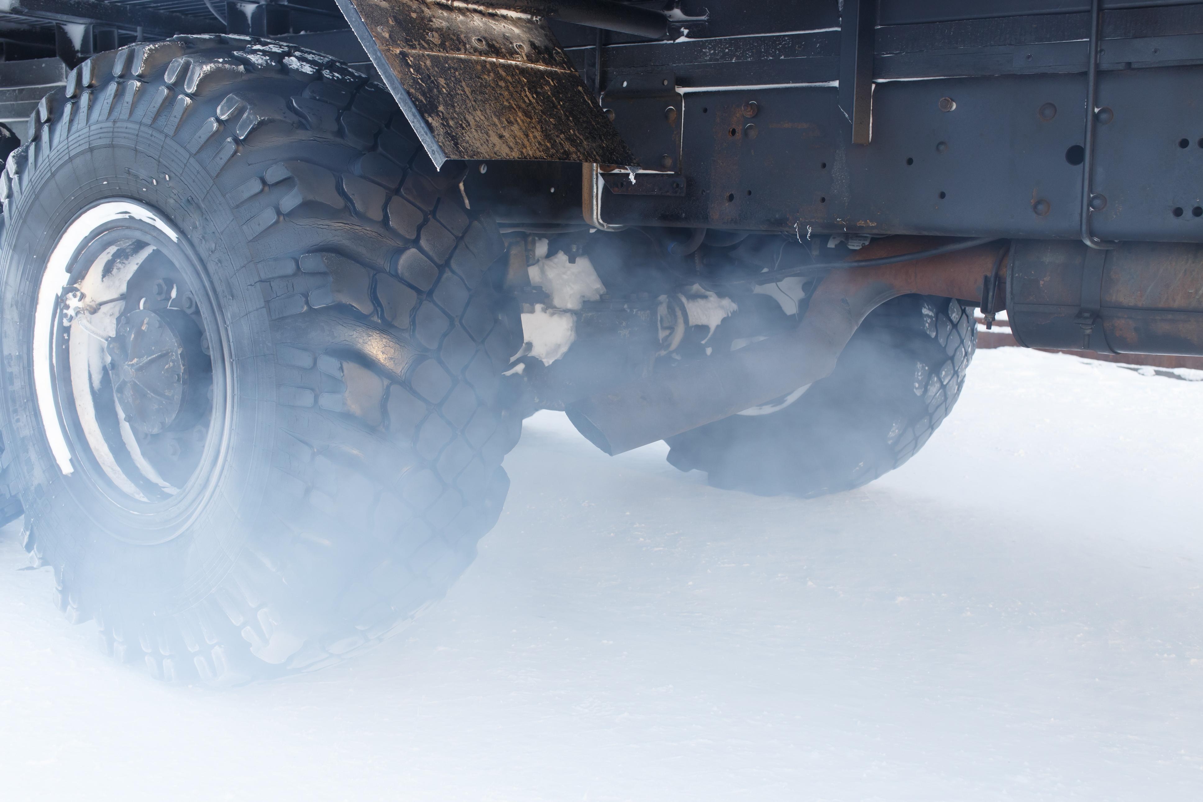 ЕС обвързва пътните такси с вредните емисии