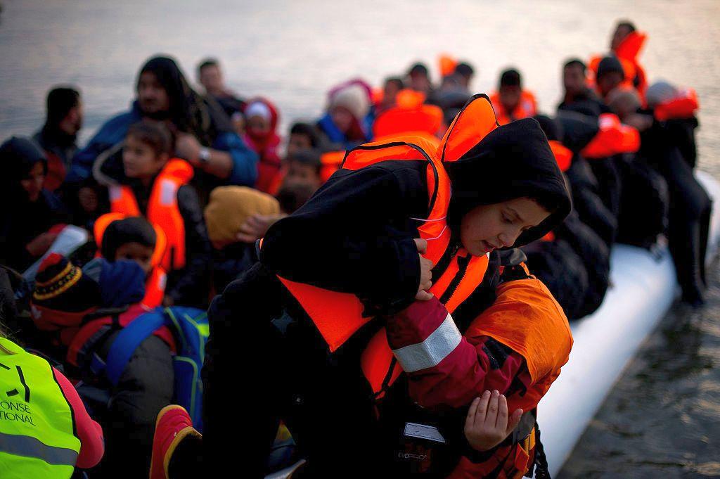 ЕС отпуска на Гърция още 180 млн. евро за бежанците
