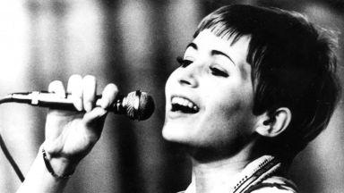 Лили Иванова - живот, отдаден на сцената