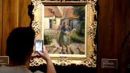 Открадната картина на Камий Писаро ще бъде излагана на ротационен принцип в Европа и САЩ
