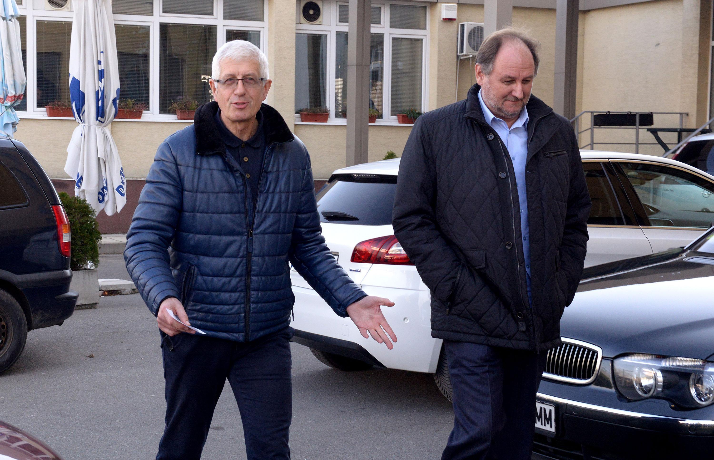 Румен Овчаров отказал да говори с разследващите