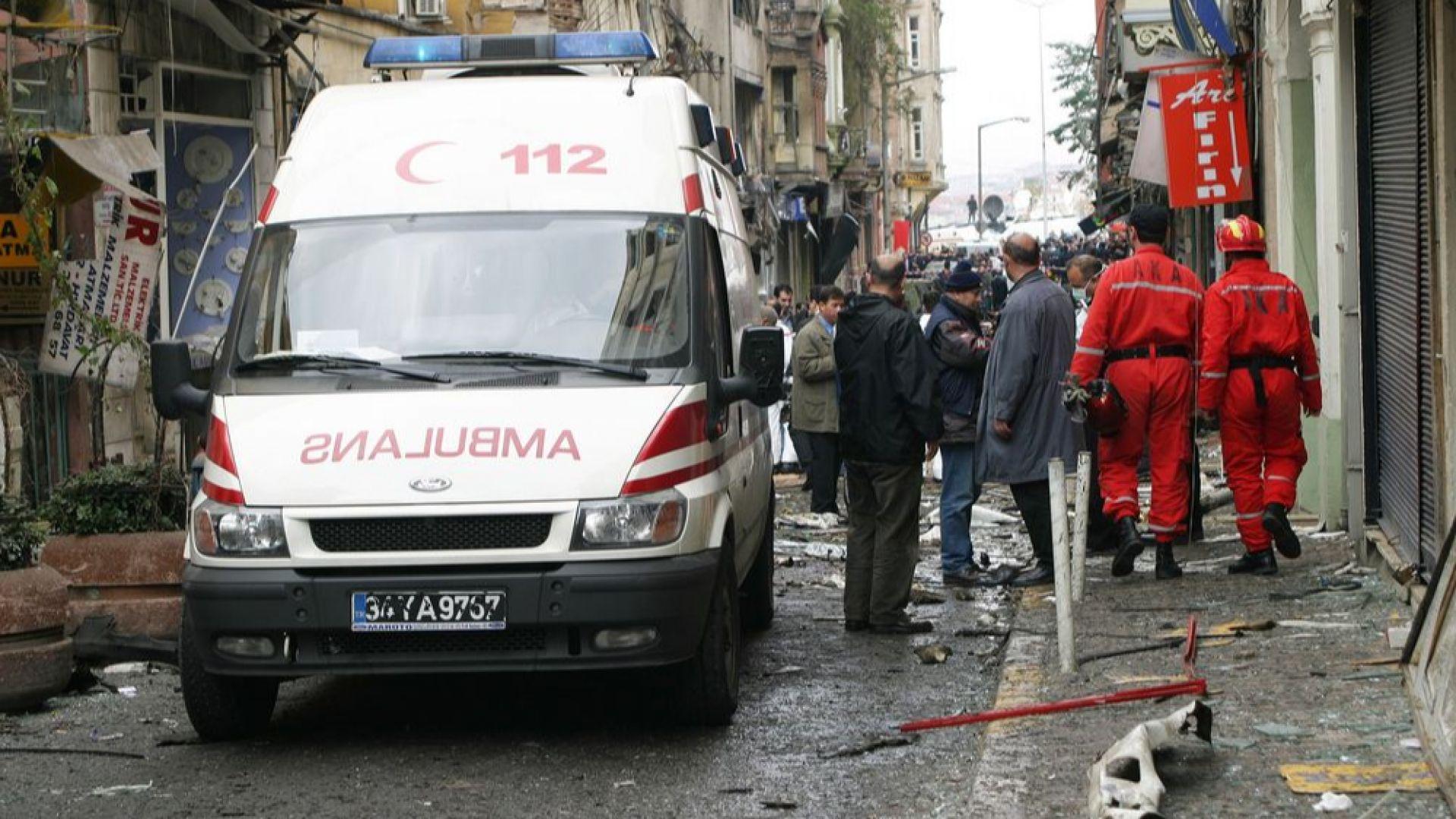 Убити и ранени при нападение срещу управляващите в Турция