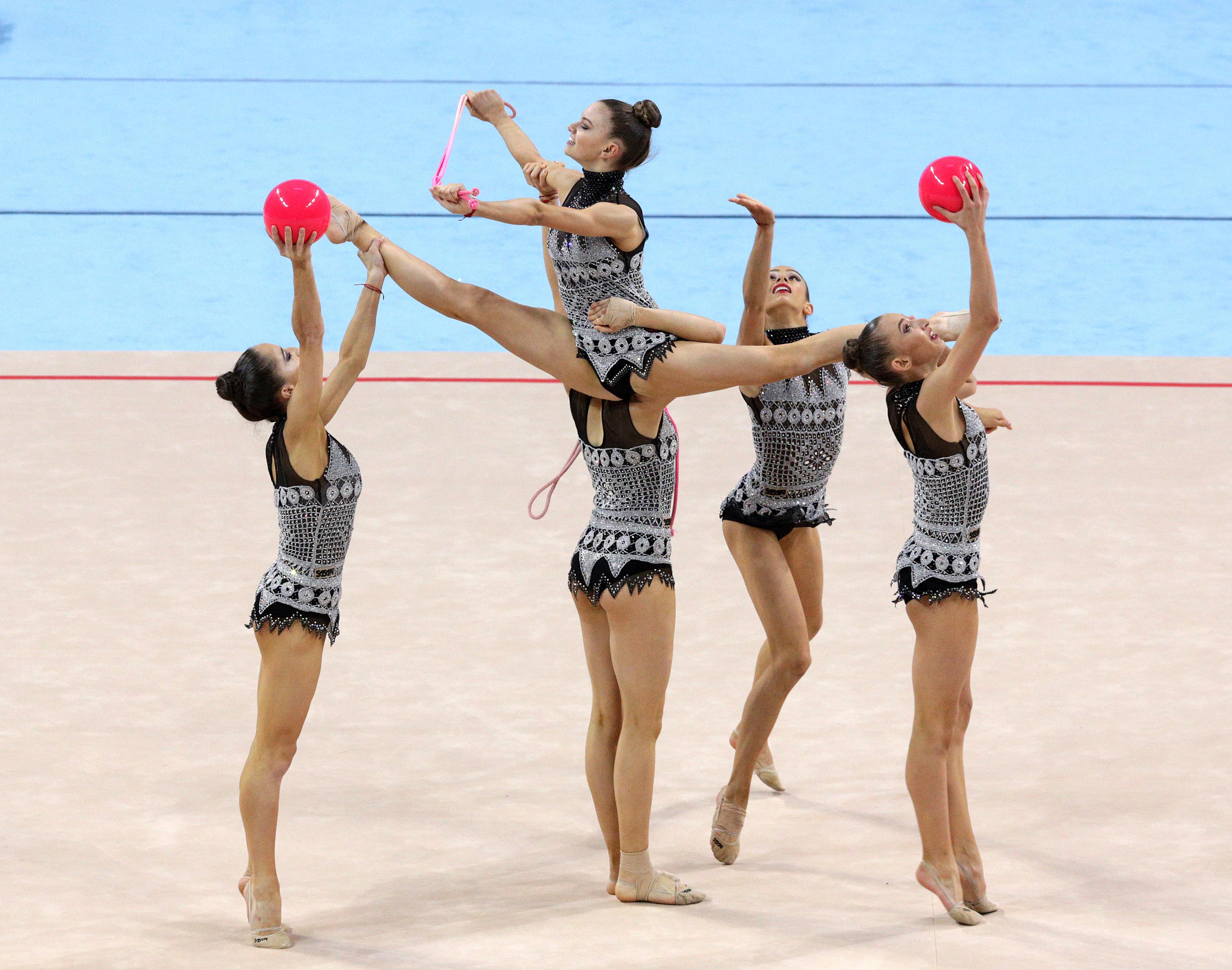 Две гимнастички представят България в Берлин