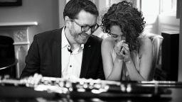 Брилянтният кларинетист Саша Ратъл и турската пианистка Зенеп Озсуджа пристигат в София
