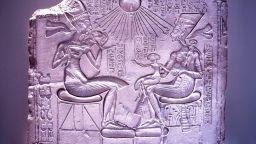 Това ли е гробът на Нефертити?