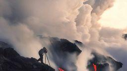 """""""Вулканичните"""" фотографии на Майлс Морган"""
