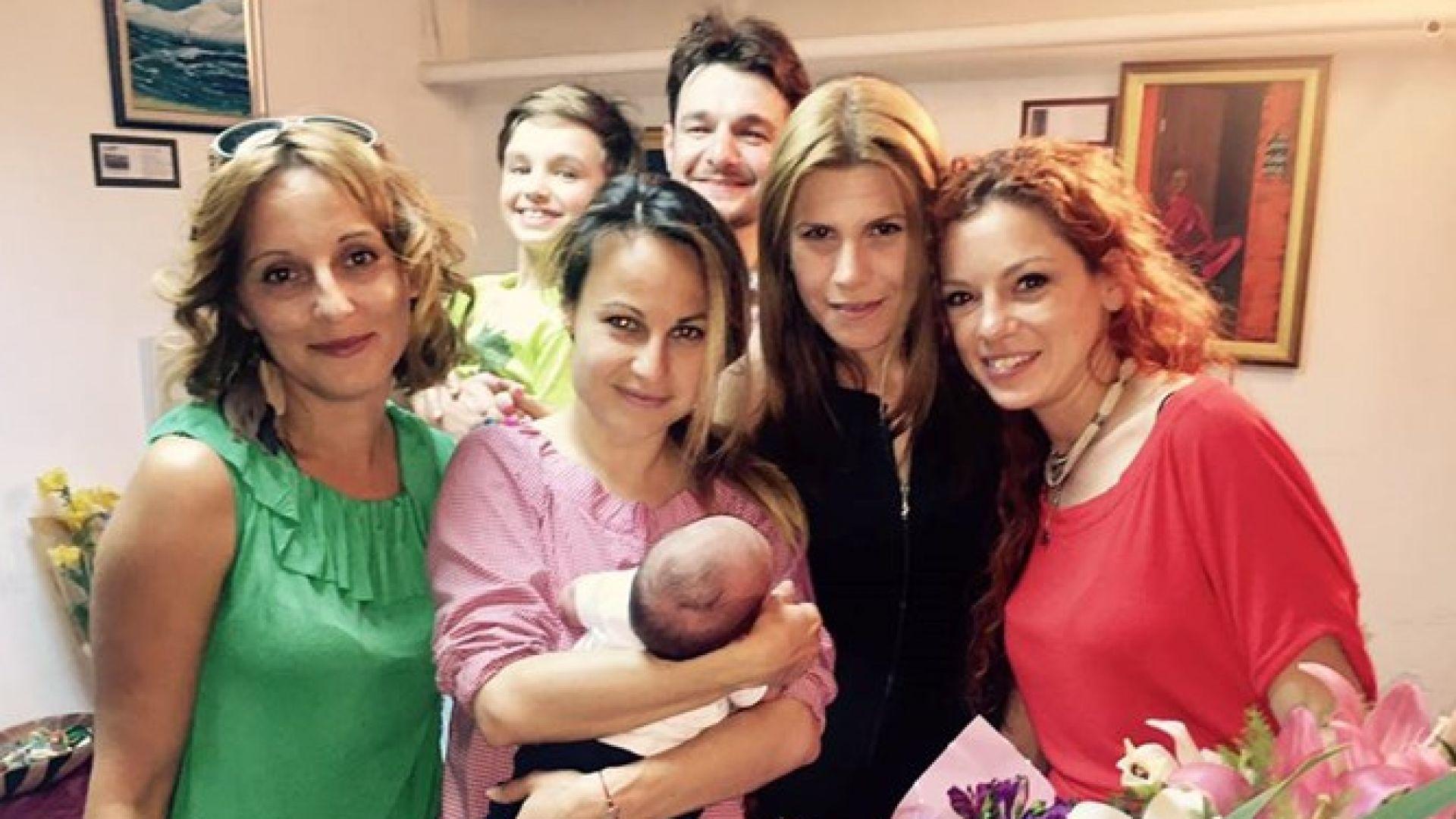 Мария Цънцарова чака второ дете