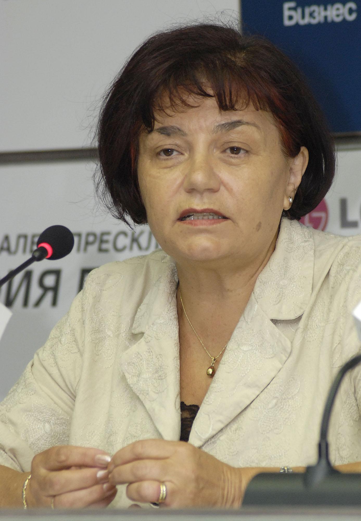"""Такева заплаши със стачка срещу децата с """"бръмбарчета"""""""