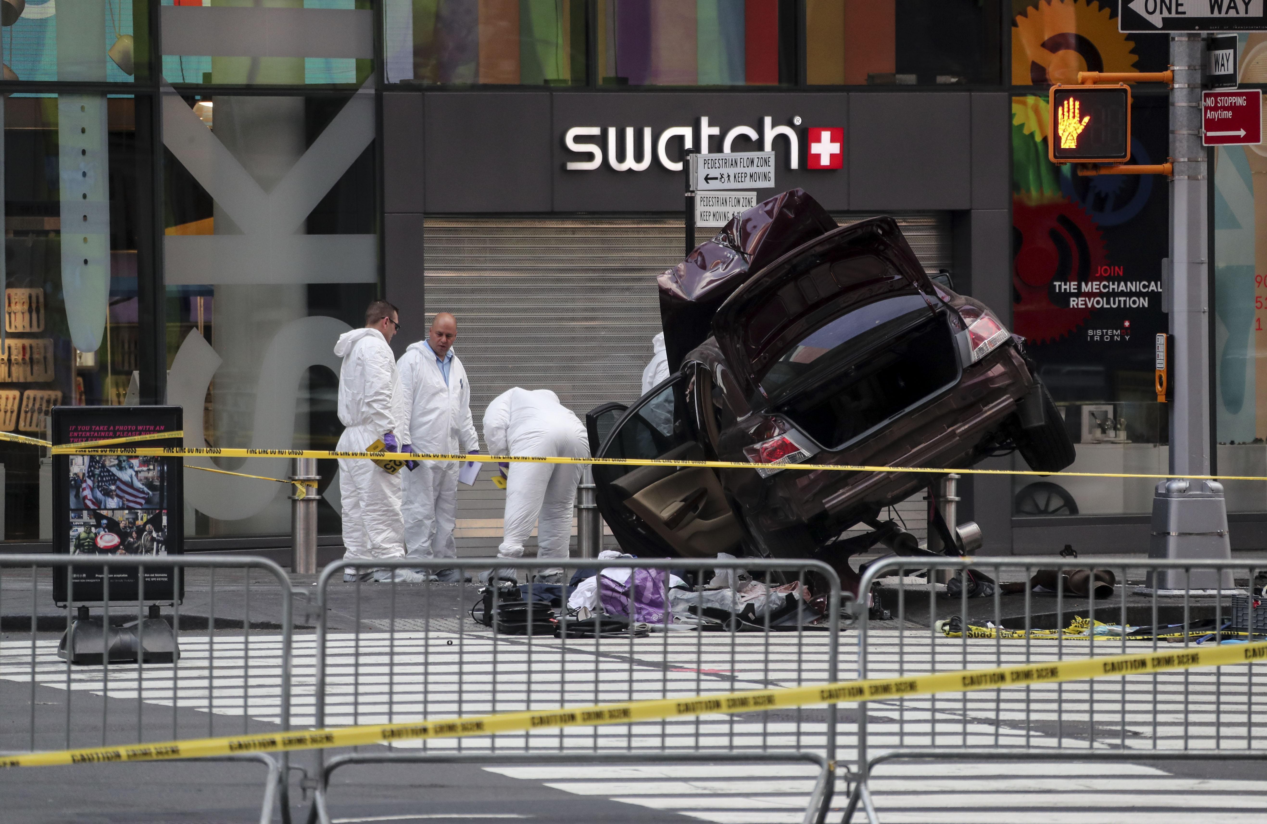 Врязалият се в пешеходци с кола в Ню Йорк обвинен в убийство