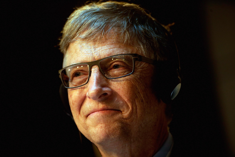 Бил Гейтс: Apple да се подчини на властите